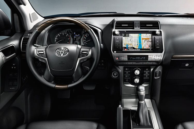 Toyota LandCruiser LCV LWB 4wd 2.8 D 4WD 177PS Utility Van Manual [2Seat] inside view