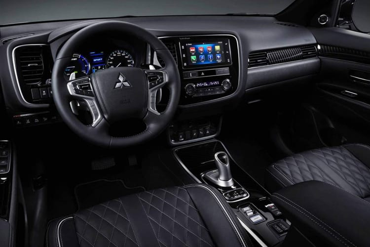 Mitsubishi Outlander PHEV SUV 2.4 h TwinMotor 13.8kWh 224PS Verve 5Dr CVT [Start Stop] inside view